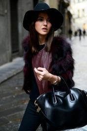 Pensando en añadir a mi closet un par de bonitos sombreros...